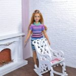 Fotel bujany dla lalek fashionistas