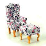 Fotel uszak biały wkwiatki zpufą 2