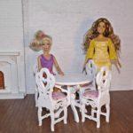 Stół okrągły zkrzesłami 1
